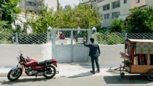 移動式テーラーで人生大逆転 映画『テーラー 人生の仕立て屋』本編映像