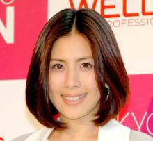 長谷川理恵「本当に47歳!?」黄色ビキニ姿に称賛の嵐「スタイル抜群」「綺麗すぎる」