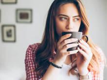 声かけるのやめよ…男性が近づきにくいと感じる女性の特徴