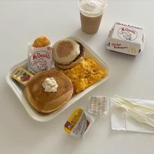 """え、これが「朝マック」なの?期間限定パッケージで朝からかわいい""""おうちごはん""""を楽しむ人が急増中なんです!"""