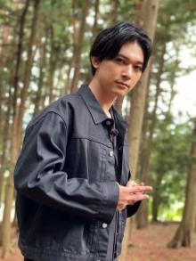 """自称""""カニ俳優""""吉沢亮、異常すぎる愛に新展開 『沸騰ワード10』で夢かなえる"""