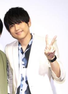 梶裕貴、佐倉綾音との2ショット写真公開「気兼ねなく話せる仲間っていいね!」