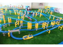 「マホロバ・マインズ三浦」におもちゃの鉄道で遊べる家族向けコンセプトルームが登場