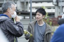 佐藤健、凄まじい役作り 映画『護られなかった者たちへ』メイキング写真解禁