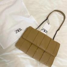 """これは即ポチ案件!70%オフで買える""""ZARAのキルティングバッグ""""は、秋冬も超使えるから完売前にゲットして"""