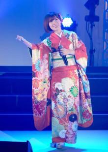 AKB48初の演歌歌手デビューから10年 岩佐美咲が記念コンサートで新曲初披露も
