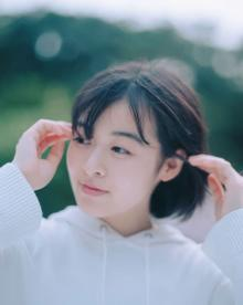森七菜、YOASOBIとラジオ対談 新曲「深海」にまつわるトークも