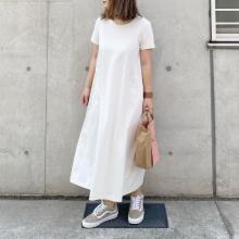 """【ユニクロ】1290円で買えちゃう""""Tシャツワンピ""""がかわいすぎた…。ラクな上にシルエットもきれいなんて最高"""