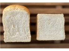 ナチュラルウッドに囲まれる内装!食パン専門店「三池パン」がリニューアルオープン