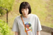 """『ハコヅメ』スタイリストに聞く衣装秘話 ダサかわ""""川合ちゃんTシャツ""""「一応、やりすぎず(笑)」"""