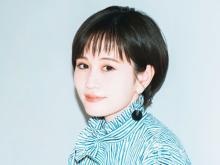 前田敦子、大胆スリット美脚披露「ドキッ! としました」「相変わらず美脚」