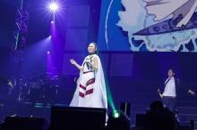 延期の『アニサマ』、エヴァ曲で開幕 高橋洋子「魂のルフラン」「残酷な天使のテーゼ」熱唱