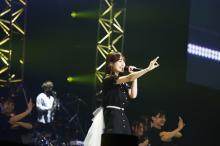 伊藤美来『アニサマ』3日目登場でキュートに熱唱!「No.6」など