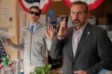 """アメリカの""""仁義なき""""町長選挙コメディ『スイング・ステート』新場面写真"""