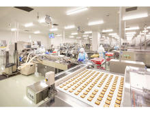 「白い恋人」の石屋製菓が食品製造ラインのシミュレーションに「FlexSim」を導入