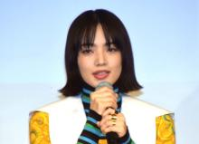 小松菜奈、艶やかパンツスタイル 減量を乗り越え挑んだ難役で「孤独に襲われた」