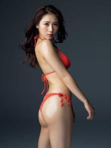"""西野未姫""""奇跡のダイエット""""で美貌取り戻し『週プレ』カムバック ヒップにフィーチャー"""