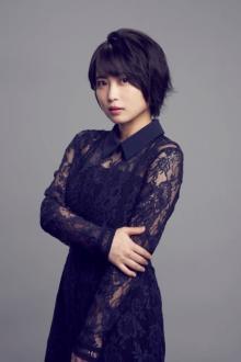志田未来、12年半ぶりに木曜劇場出演 江口のりこ主演『SUPER RICH』でクセものインターン生役