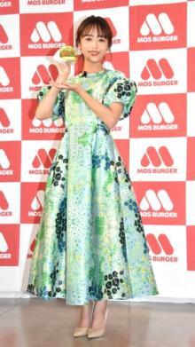近藤千尋、新商品意識しグリーンの衣装で登場 CM出演に夫・ジャンポケ太田も驚き「目を見開いていた」