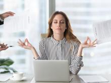 【人としてNG?】職場で「一緒に仕事したくないな…」と思われる女性の共通点とは
