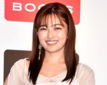 井上咲楽、6年前デビュー当時の貴重写真 太眉武器にMr.ビーンものまね披露「面白いです最高」