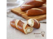 「ブレッツェリア」に、濃厚なクリームチーズが特徴のドイツ直輸入ブレッツェルが登場