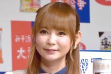 中川翔子、ベンツ運転席で「駐車場に駐車、てどうやってできるようになった?」