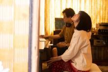 志田彩良、小さな感情の機微を繊細に表現 『かそけきサンカヨウ』本編映像