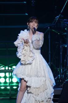 鈴木愛理、約2年ぶりの単独公演に思い馳せ19曲熱唱