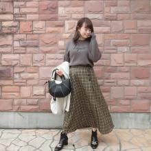 【しまむら】ひと目惚れする人が続出中!アンダー2000円の新作「チェック柄スカート」は見つけたら超ラッキー