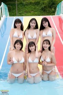 「ミスマガジン2021」6人の初ロケで元気いっぱいのビキニ 『ヤンマガ』Webで公開