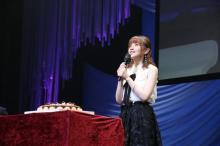 鬼頭明里の誕生日イベント、親友・春野杏&和氣あず未も参加で秘密暴露 【公式レポート・写真公開】
