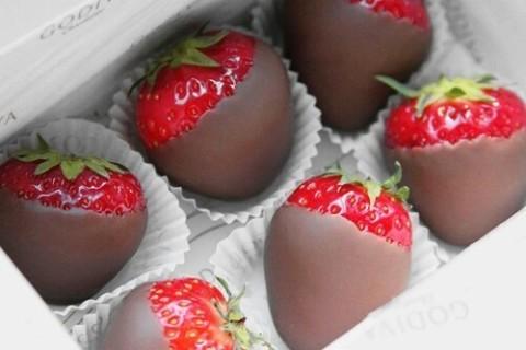 チョコ好きさん集合!かわいいチョコレートネイル特集♡