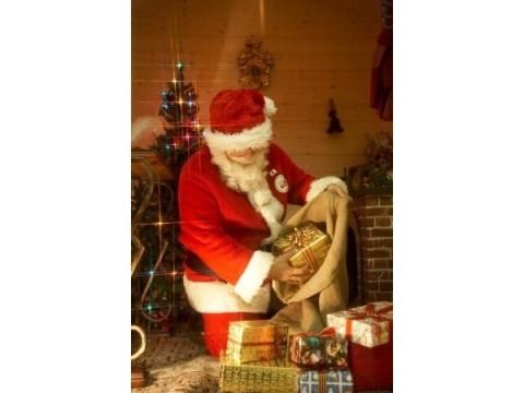 ホテルニューオータニ大阪に公認サンタクロースがやってくる?!クリスマスに最高のサプライズを!