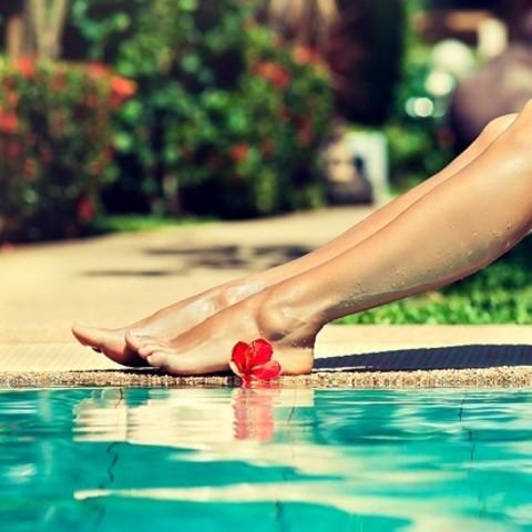 夏のむくみもリセット! 美容にも効果的なアレンジ足湯