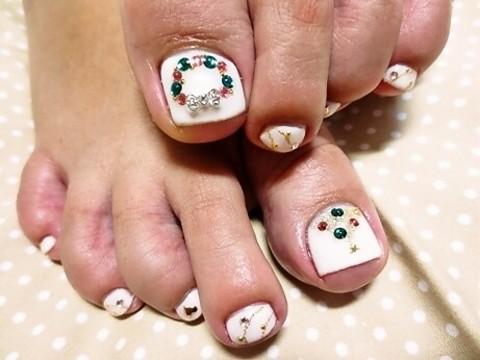 ♡奄美市隠れ家ネイルサロン♡                      *nail natura~ネイル・ナチュラ~*:♡冬もおしゃれは足元から♡クリスマスフットネイル♡