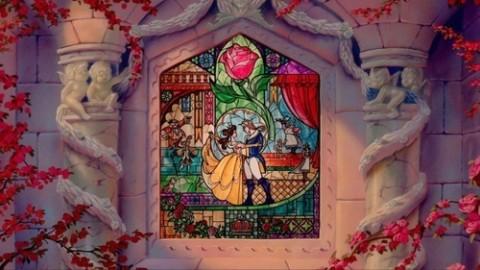 ガラスのような雰囲気が素敵♡ステンドグラスネイルの幻想的ネイル