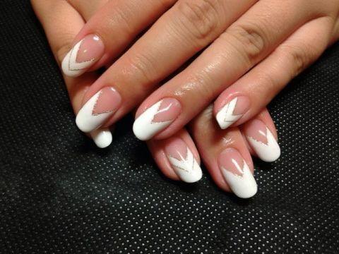 ホワイトV字フレンチ : nail salon Rosso blog