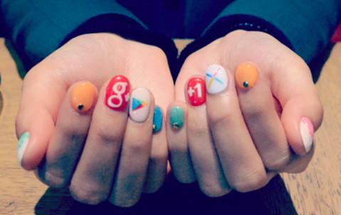 ギーク女子に捧げるGoogleネイル。ドロイドくんをあなたの爪に! (BlogPeople Blog)