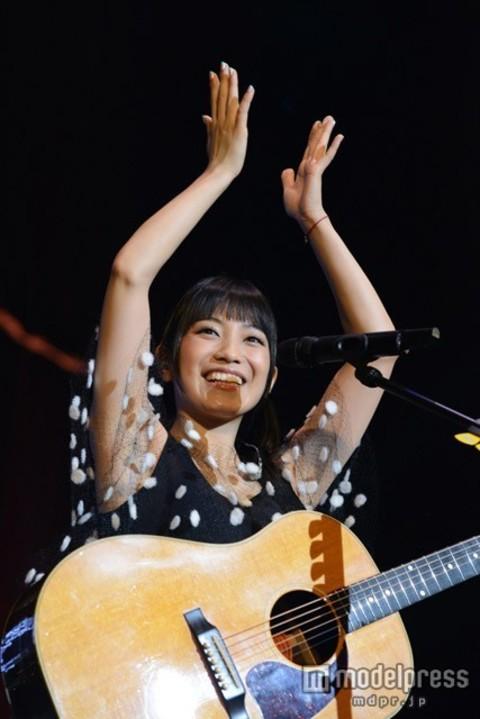 miwa、初のファンクラブコンサートでサプライズ発表 デビュー5周年YEARを駆け抜ける
