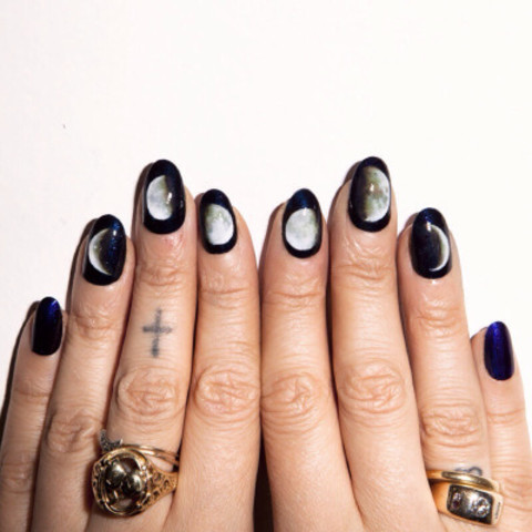 SILLY GHOUL | aliciatorellonails: Lunar phases by alicia...