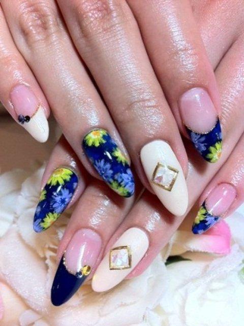 ネイビー&お花デザイン - 札幌ネイルサロンフローレンティ