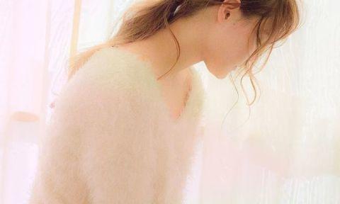 ほつれたみたいな後れ毛が切ないくらいに可愛い♡最新Girlアレンジ集
