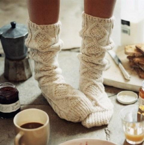 冬だからって手抜きしてない?デザイン&カラー別♡女子力アップのモテるフットネイル20選♡