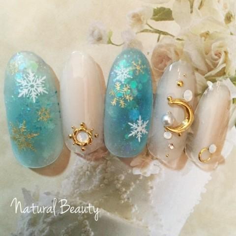 naturalbeautyさんのクリスマス,ソフトジェル,ミディアムネイル♪[1234384] | ネイルブック