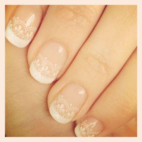 Top 10 Wedding Day Nail Designs | ウェディングネイル、ネイル、ネイルのアイデア