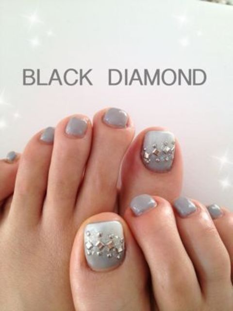 フット・グレー : ネイルサロン BLACK DIAMOND