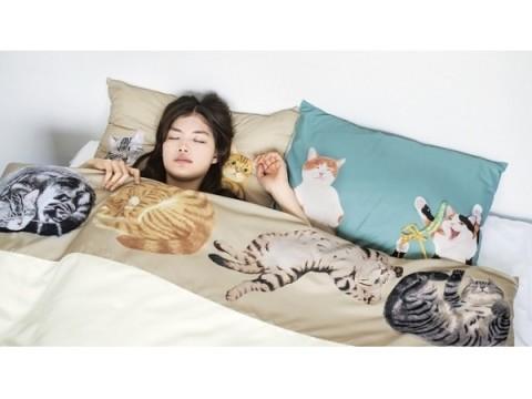 猫にまみれて眠りたい…そんな願望を叶えてくれる「にゃんともぜいたくなまくら&布団カバー」が発売