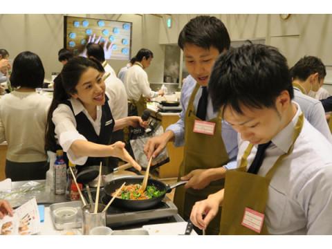 料理上手な男性は頼もしい!ABCクッキングスタジオとオイシックスが「夫・パパの料理体験」イベントを開催