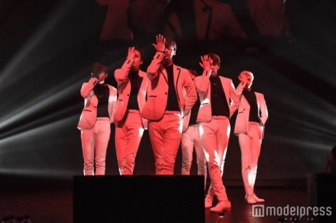 VIXX、熱狂のツアーファイナルで「Dynamite」日本初披露&サプライズ発表も<ライブレポ・セットリスト>